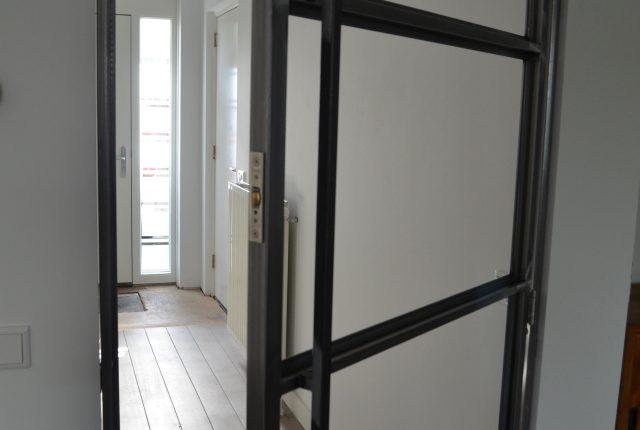 Meer licht in huis met een stalen binnendeur